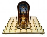 Крышка панихидного стола на 104 свечки латунная с иконой
