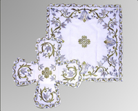 Покровец и воздух белые цветочный узор