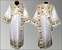 Дияконская риза белая красные цветы