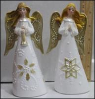 Керамическая статуэтка Ангел со снежинкой на платье