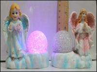 Керамическая статуэтка Ангел и Шар с красной подсветкой