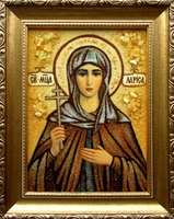 Янтарная икона Лариса