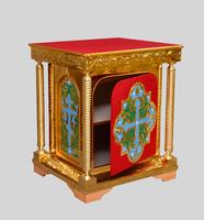 Латунный жертвенник с дверцей с эмалью