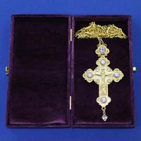 Крест позолота с камнями 002