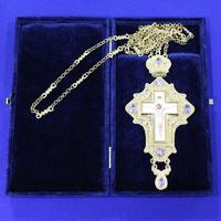 Крест позолота с камнями 004